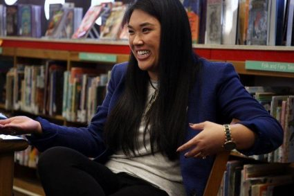 Chicago Tribune profiles social worker at Uptown's Bezazian branch library